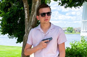how to summer carry like Bond